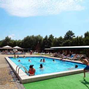 pool-015