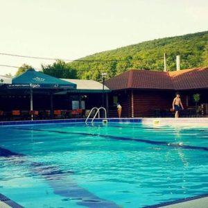 pool-023