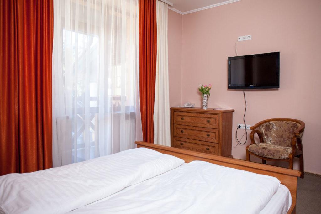 skilandhouse-hotel-apartament-5-1024x683